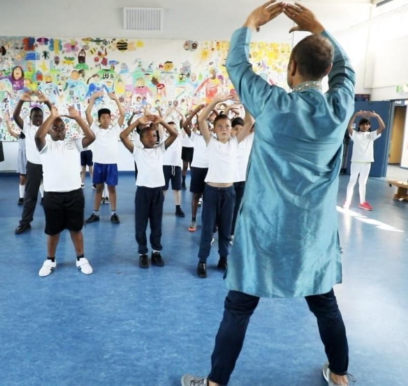 Indian-Dance-Workshop-900x850-min