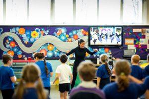 dance in PE primary